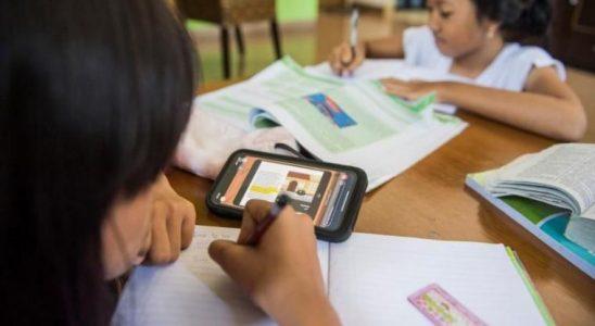 Keuntungan dan Kekurangan dari Belajar Mengajar Secara Online